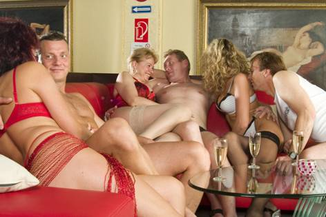 sex party frankfurt fessel sex spiele
